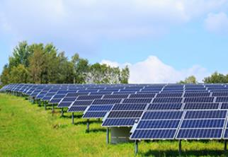 UK solar refinanced in private placement